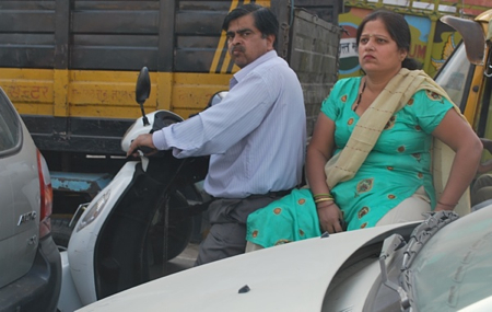 9-agra-moped-angrywife